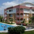 Möbliertes 4-Zimmer Apartment auf schöner Anlage mit Blick über Side
