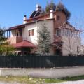 Großzügige, alleinstehende Villa mit Einliegerwohnung in Side/Çolakli zu verkaufen